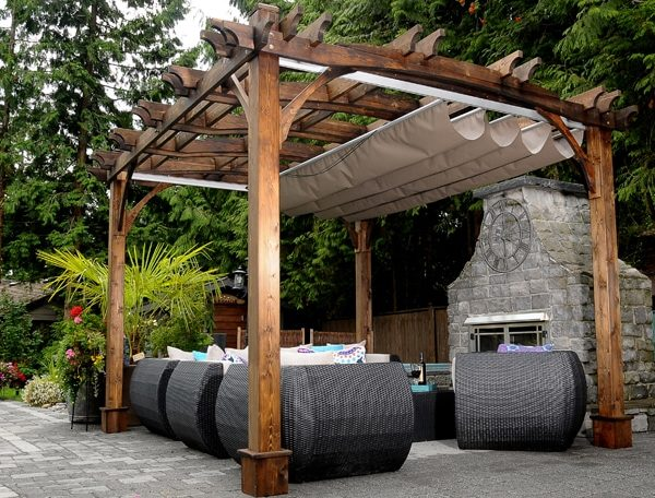 Pergola with roof – Arched Breeze with Retractable Canopy
